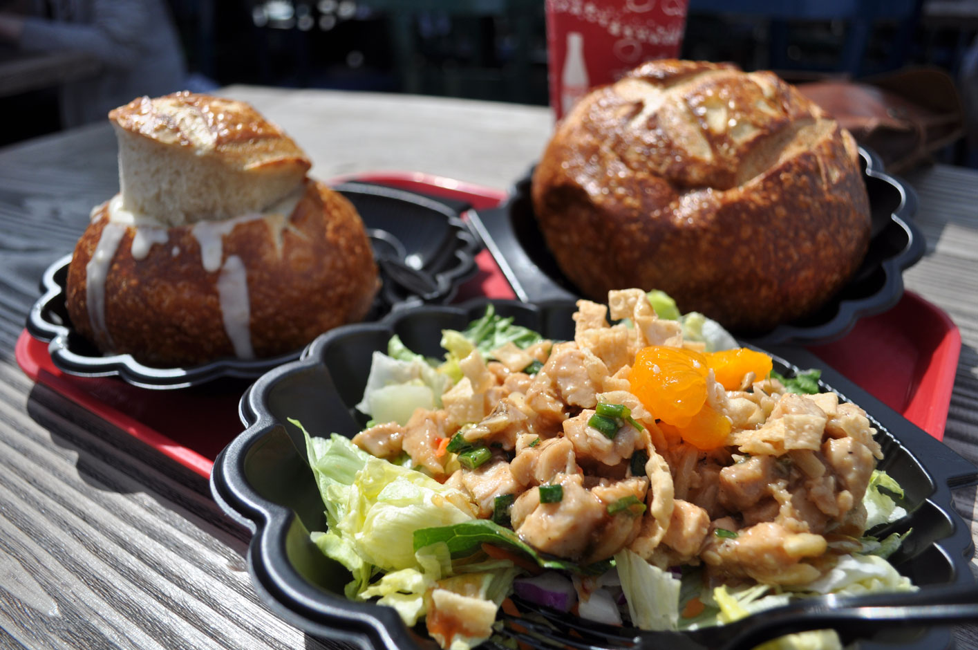 """I recently went on a very strict diet and Disneyland was the one place I allowed myself to """"cheat."""" One of my favorite things to get at the DLR is […]"""