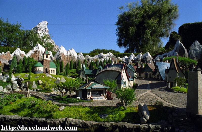 Austin_Disneyland_N20